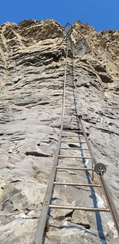 Leiter zum Schweizerkreuz